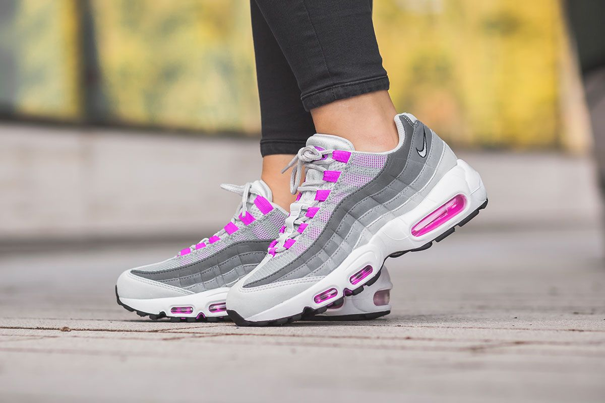 On Feet Look At The Nike Air Max 95 Hyper Violet