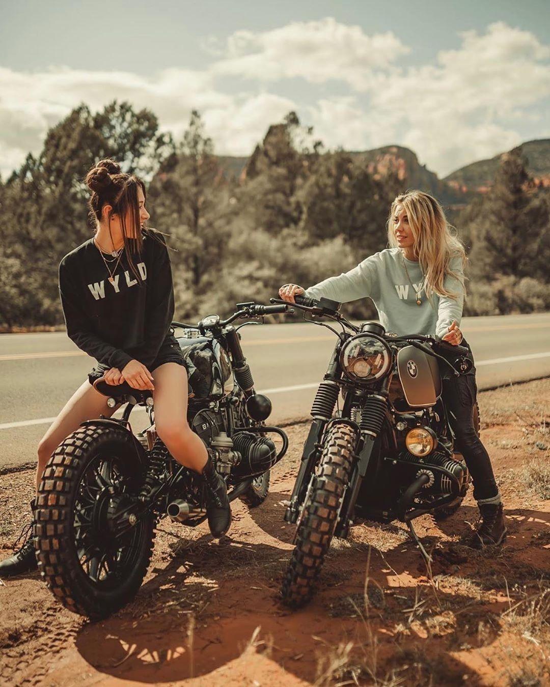 "Best bikes & beautiful Girls's Instagram post: ""@ari.gonzo & @ruka.co⠀ ✨ 🄰🄼🄰🅉🄸🄽🄶 😍 #bikegirl ♀️🏍 #motolady 💨 📸 🄱🅈 🅃🄰🄻🄰🄽🅃🄴🄳 @justinwadeorton⠀ 👍 🄲🅄🅂🅃🄾🄼🄼🄾🅃🄾 ➡️ @wyldgarage 👍 🄵🄾🄻🄻🄾🅆 🔽 🛵👸…"""