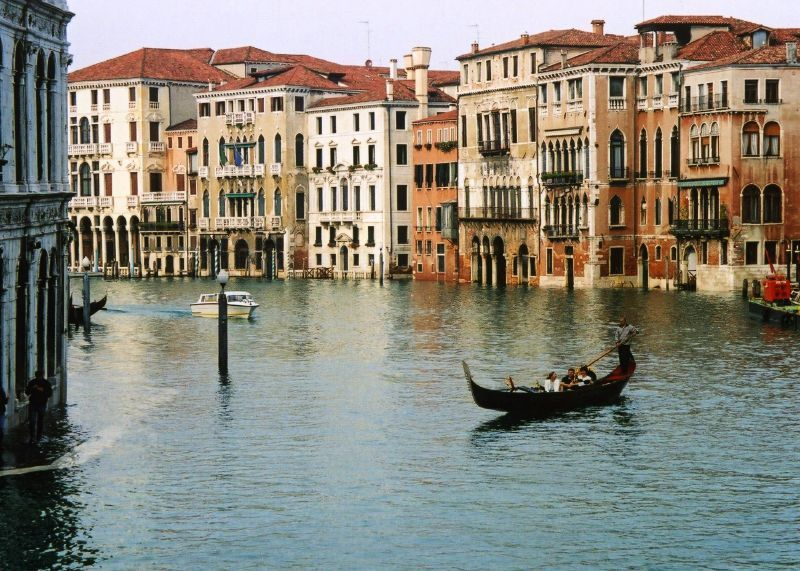 Venice, Italy.... i would love to go there