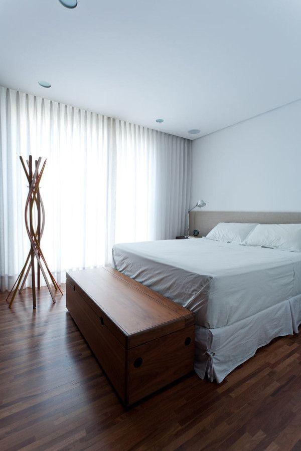 purismus wohnung mit eklektischer einrichtung, schickes weißes apartment design im minimalistischen, Design ideen