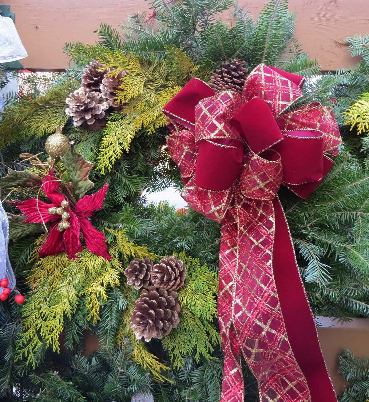 Custom Decorated Wreath - The Garden Barn Nursery, Vernon ...