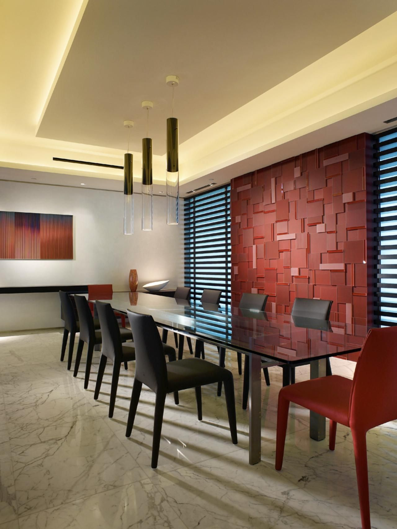 This Modern Dining Room Has A Sculptural Red Glass Feature Wall Amazing Red Wall Dining Room Design Ideas