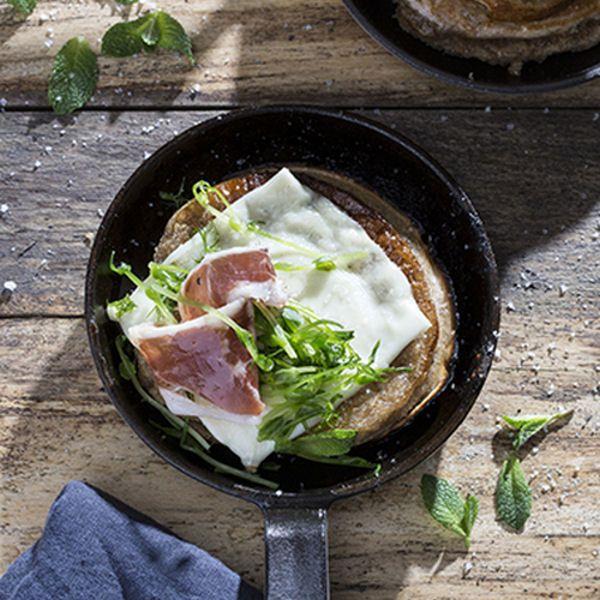Pancake à la farine de châtaigne et fromage de brebis