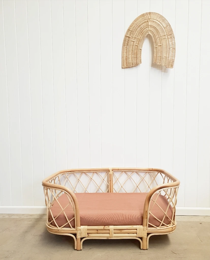Bella Rattan Dog Bed MAY DELIVERY Dog bed, Puppy beds