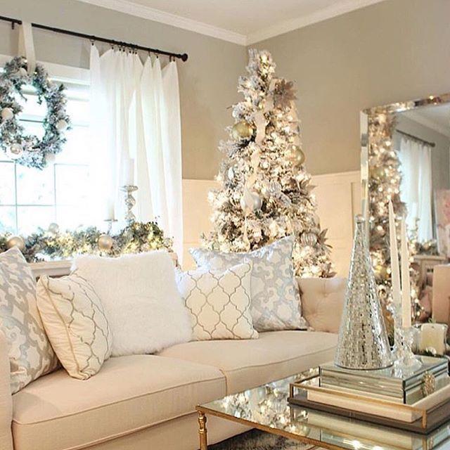 Christmas Living Room Goals Living Room Decor White Cream And Gold Christmas Decor White Christmas Decor Christmas Living Rooms Holiday Decor