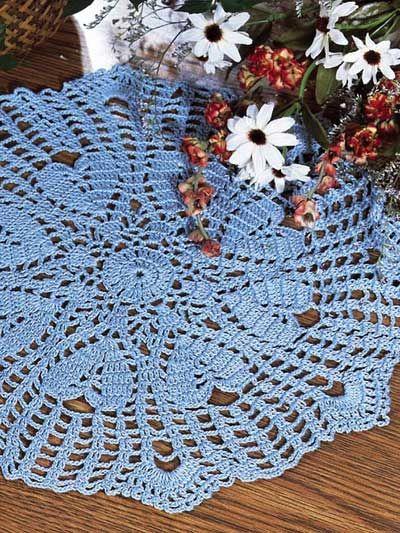 Crochet - Holiday & Seasonal Patterns - Valentine's Day Patterns - Blue Hearts Doily