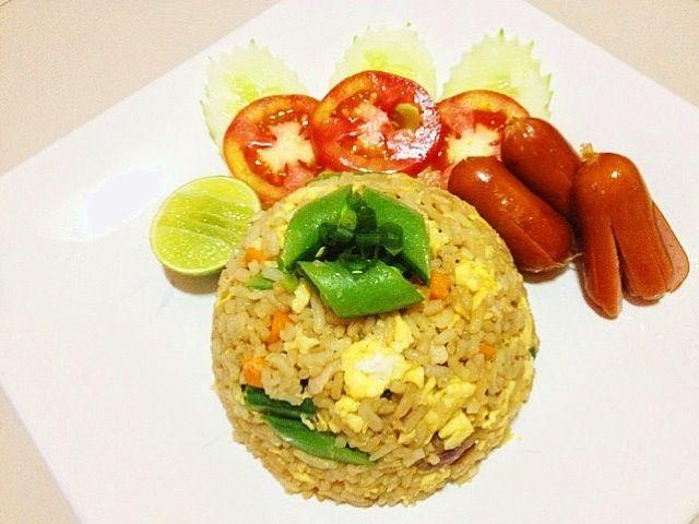 กะลังหิวเลยค่ะ - 56件のもぐもぐ - ข้าวผัดไก่ by Jaoh Ohlunlaa