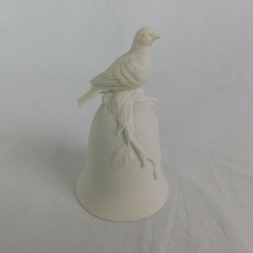 George Good White Bisque Porcelain Table Bell With Bird Canons Crown 4 5 Tall Ebay In 2020 Bisque Porcelain Bisque Porcelain