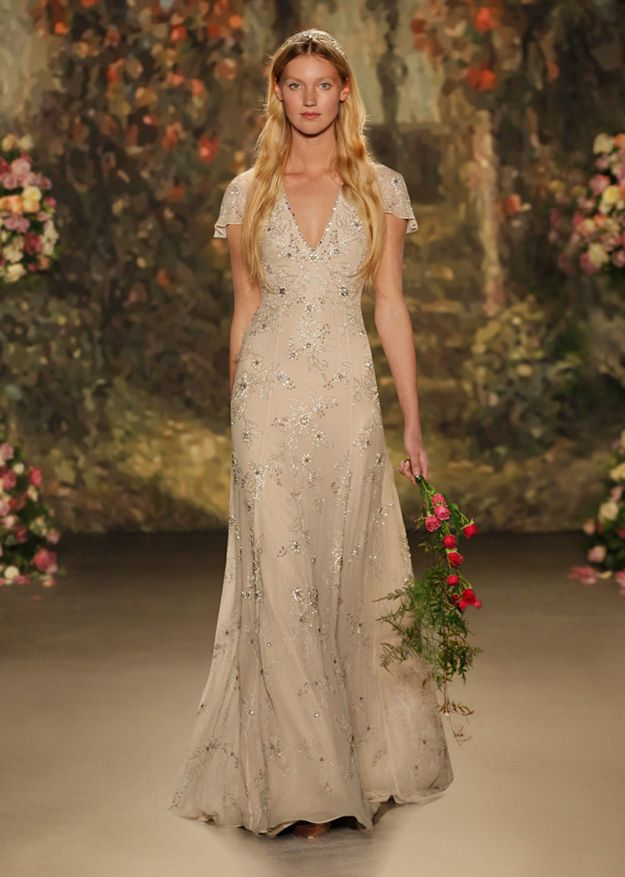 30 amazing boho wedding dresses - Octavia   CHWV   Gardens ...