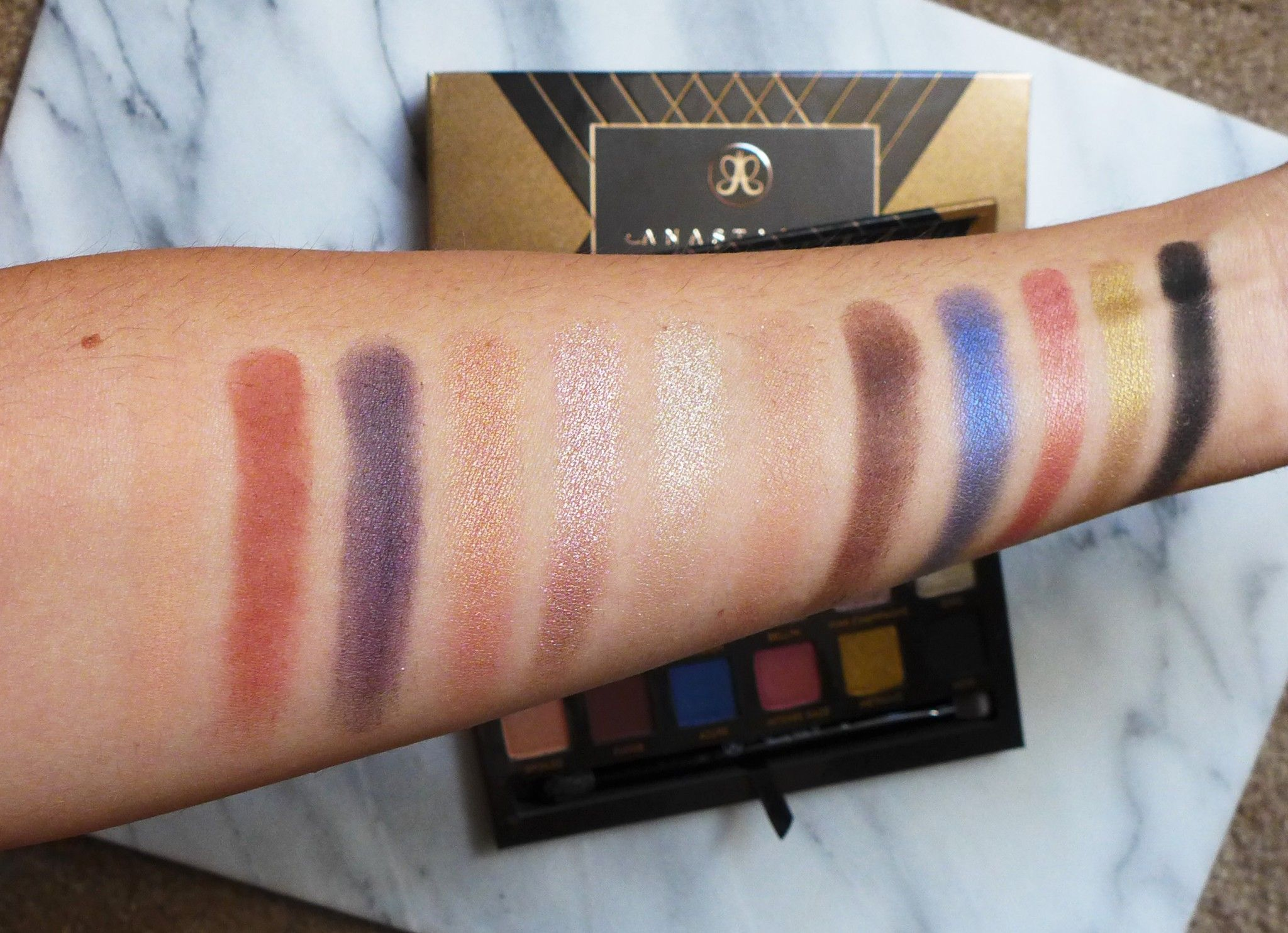 New ABH Shadow Couture palette is now mine!! | Eyeshadow