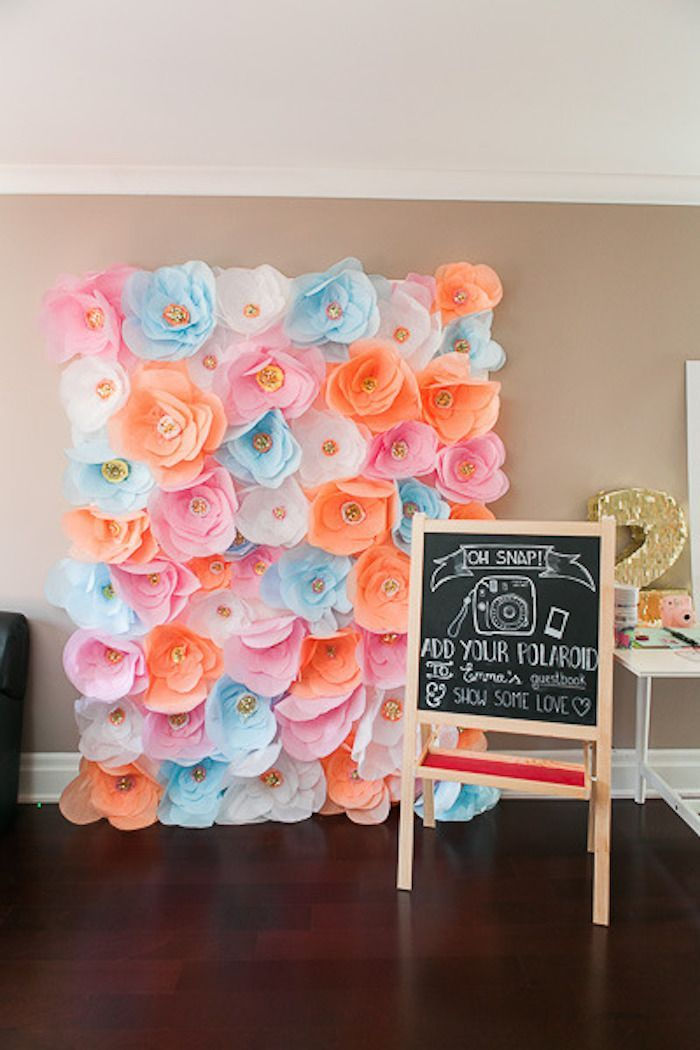 Flowers animals birthday party via kara 39 s party ideas for Party backdrop ideas