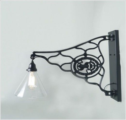 Light Scone Ideas To Decorate With Old Sewing Machine