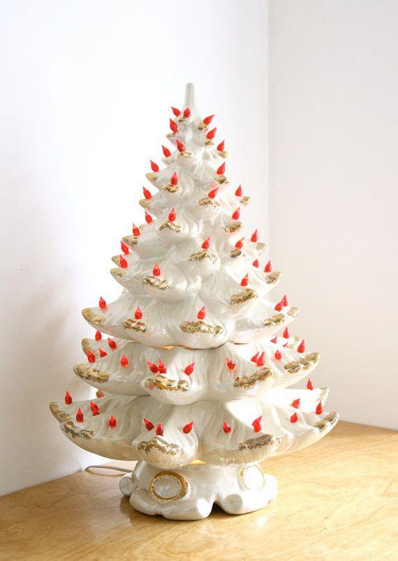 Large Vintage Musical Ceramic Christmas Tree Electric Etsy Ceramic Christmas Trees Vintage Ceramic Christmas Tree Vintage Christmas Tree