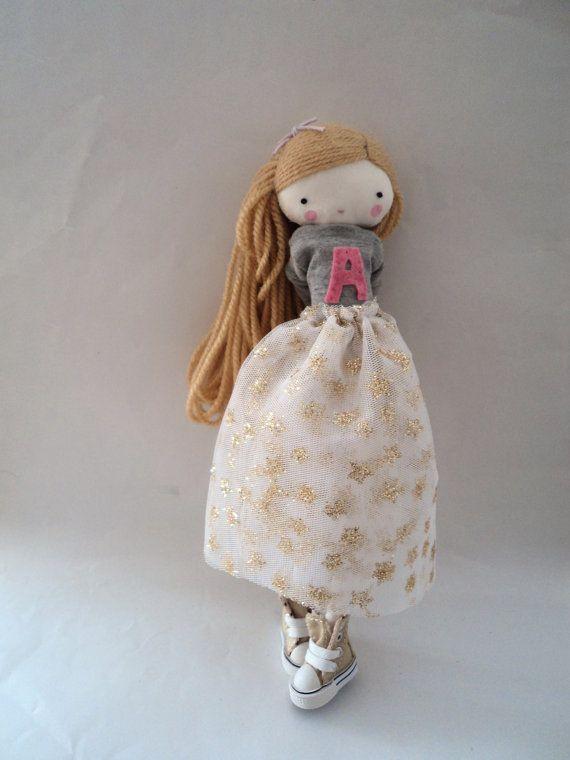 Pedido especial para Cèline Isabella muñeca por lassandaliasdeana, $54.00