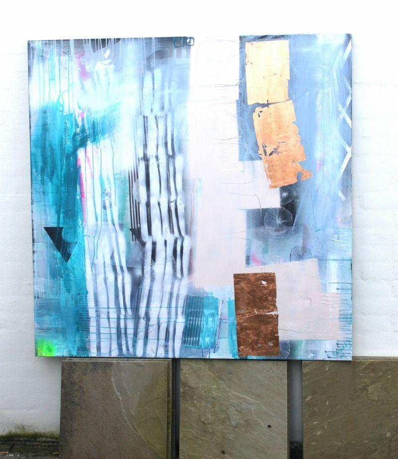 Leder du efter et maleri til salg? Se det store udvalg af moderne og farverige malerier. Få lavet dit helt personlige maleri efter ønske.