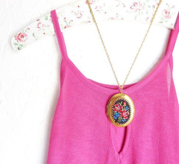 Vintage Embroidered Locket Necklace -  Embroidered Flower Locket - Pink Roses - Black Floral Embroidered Locket - Golden Oval Locket by NestingPretty #TrendingEtsy