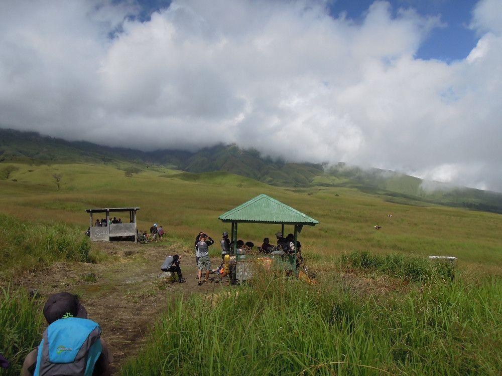 gunung mountain rinjani 4 days of luxury trekking in indonesia traveling spuds