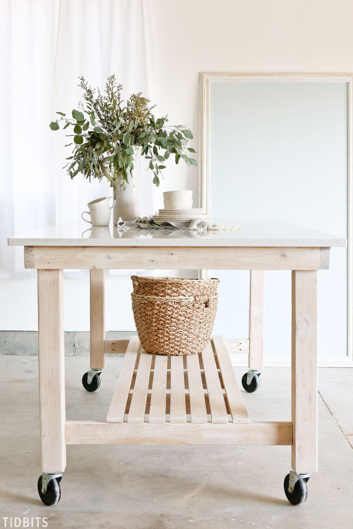 DIY Rolling Work Table / Kitchen Island Woodworking