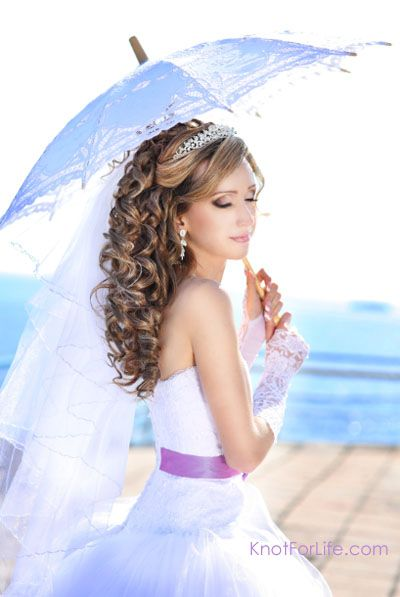 Wedding Hairstyles For Long Curly Hair Updos : Bridal hairstyle curly down do with veil and tiara half updo