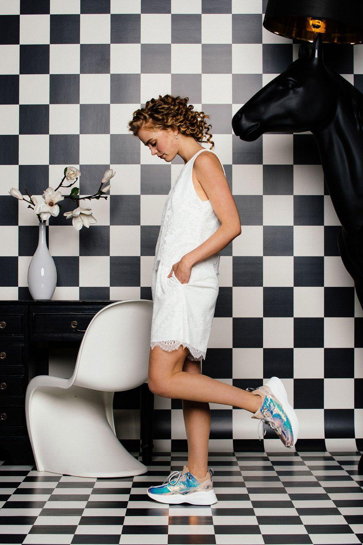 Kurzer Braut Jumpsuit Von Kuessdiebraut In 2020 Kleiderstile Schwangere Braut Braut