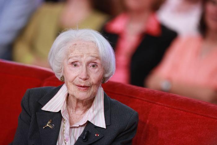 INTERACTIF. En 2070 la France sera peuplée de centenaires https://t.co/Tv78T6bHtJ https://t.co/CP2wf6kUtQ