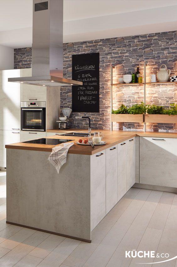 Küche Kräuterliebe in Weißbeton #modernegärten
