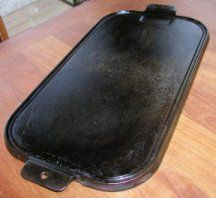 Cast Iron Griddle I Use Mine All The Time For Everything From Eggs To French Toast Covers 2 Burners It Is Heavy Has A On Other Side