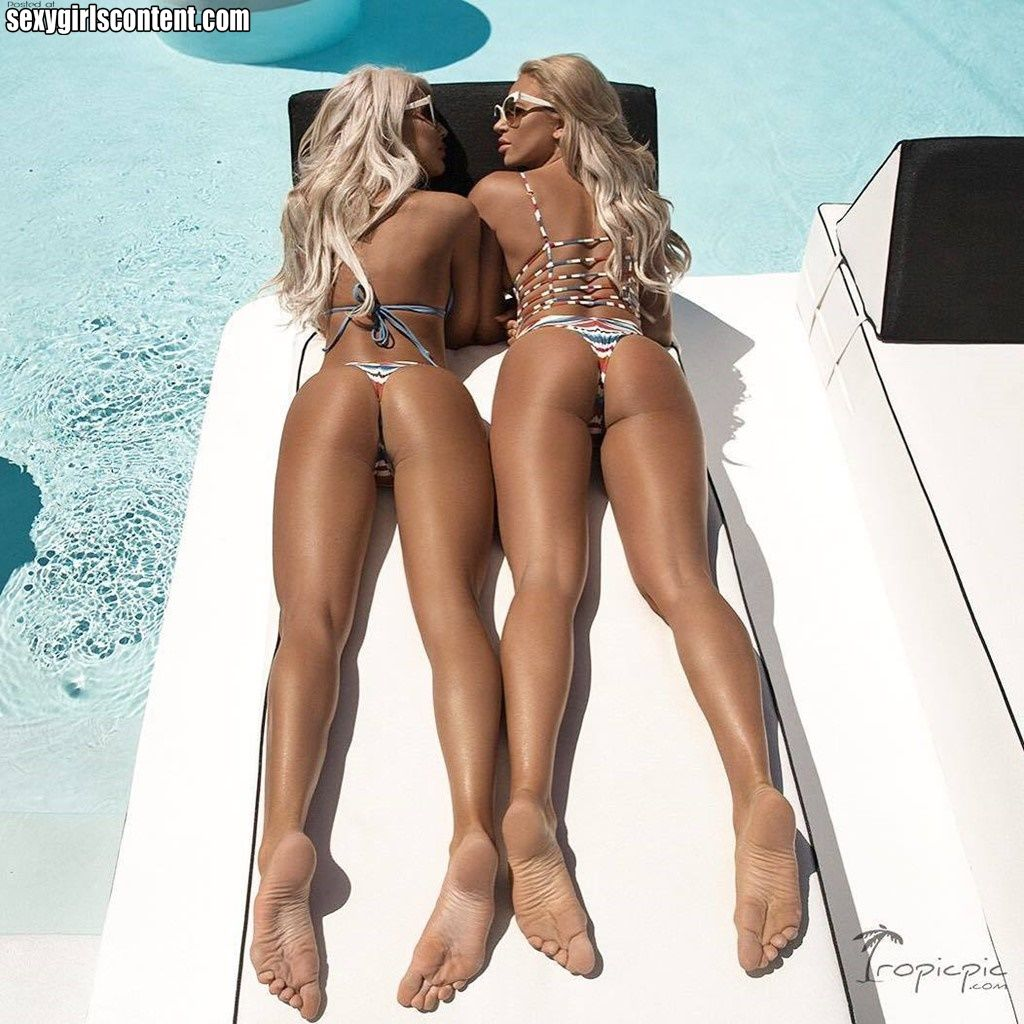 hot legal blondes in bathing suit