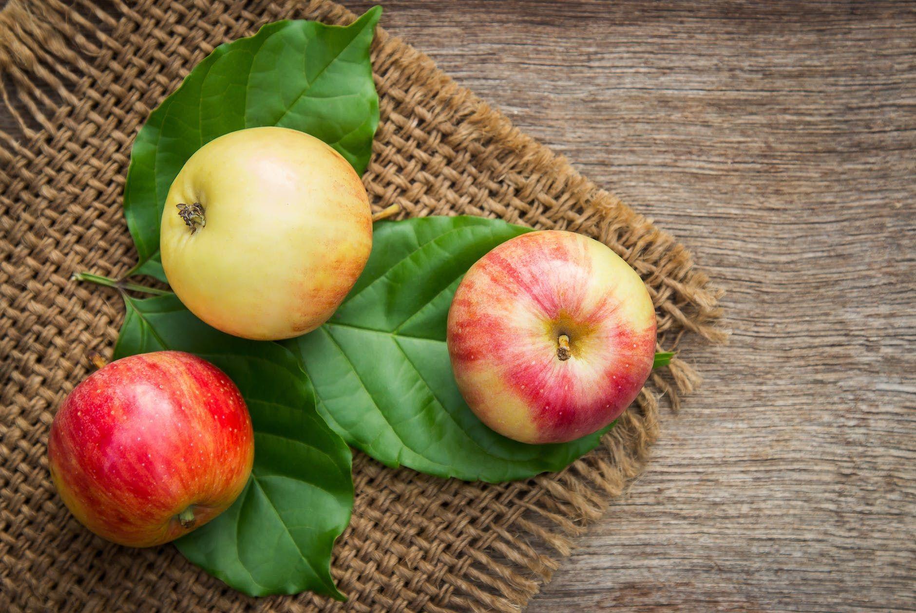 التفاح الأخضر في المنام Apple Benefits Fruit Apple