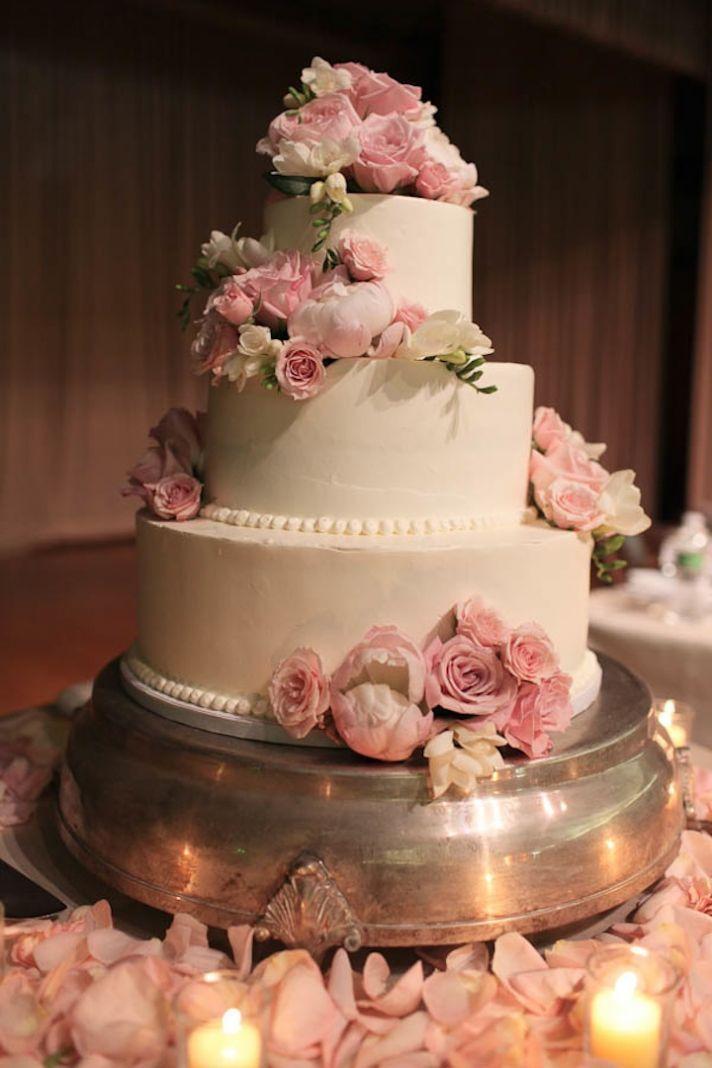 Beautiful california wedding classic romance redefined elegant beautiful california wedding classic romance redefined romantic wedding cakeswedding flowersclassic mightylinksfo