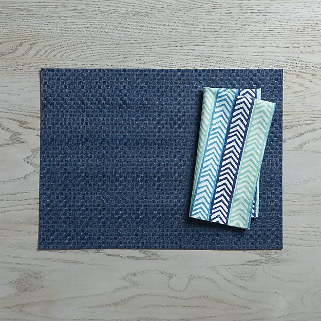 Chilewich Purl Blue Vinyl Placemat Reviews Crate And Barrel Blue Vinyl Woven Placemats Crate And Barrel