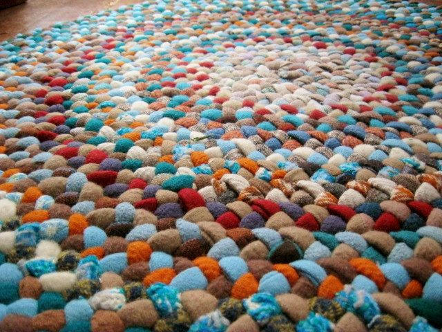 Vintage Wool Round Braided Rug in Aqua and Coral from upcycled wool