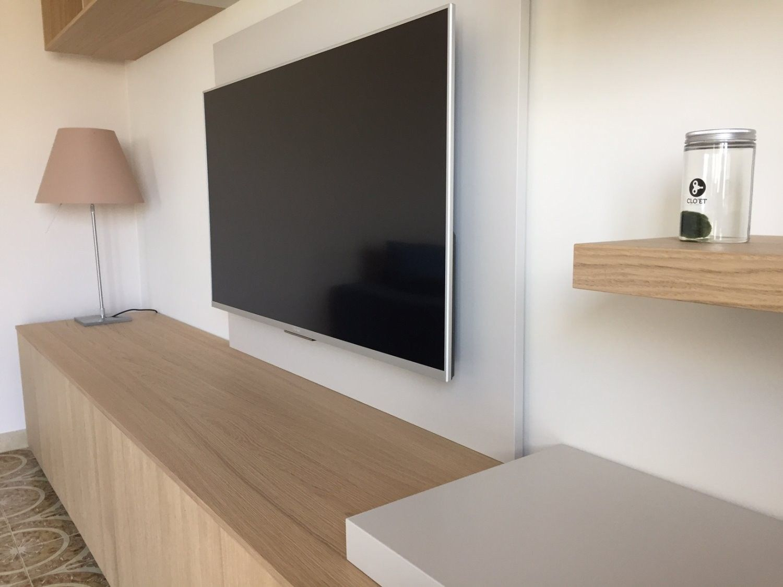Panneau Meuble Tv Dote De Passe Cables Diotti Com Cacher Fils Tv Murale Meuble Tv Idee Deco Meuble Tv