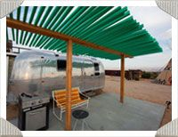 This is where we need to spend our next hoilday!!!  A trailer palace in Joshua Tree.