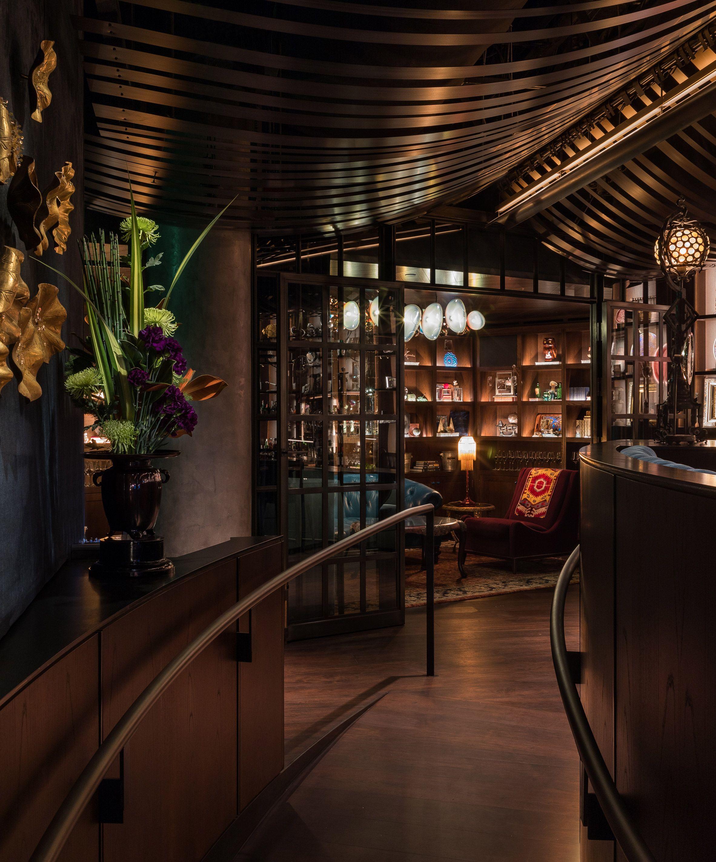 Graham Baba Designs Moody Deep Dive Bar At Amazon S Seattle Hq Architect Restaurant Design Design