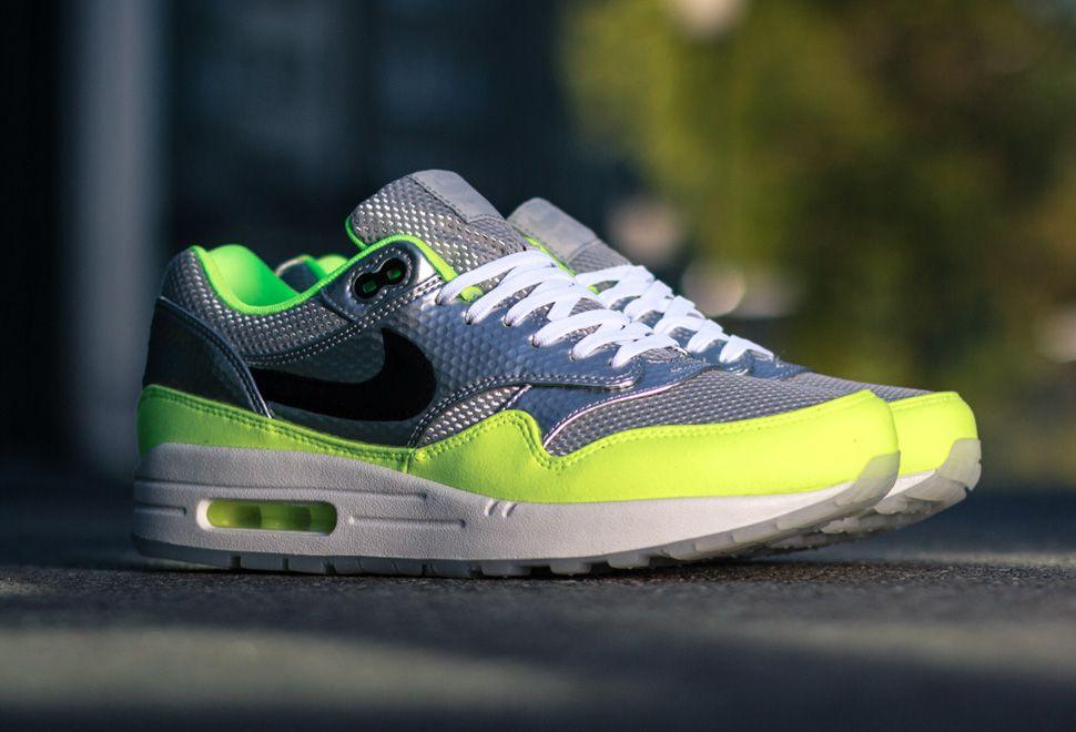 ab88df1a4 Releasing  Nike Air Max 1 FB 'Mercurial Packâ
