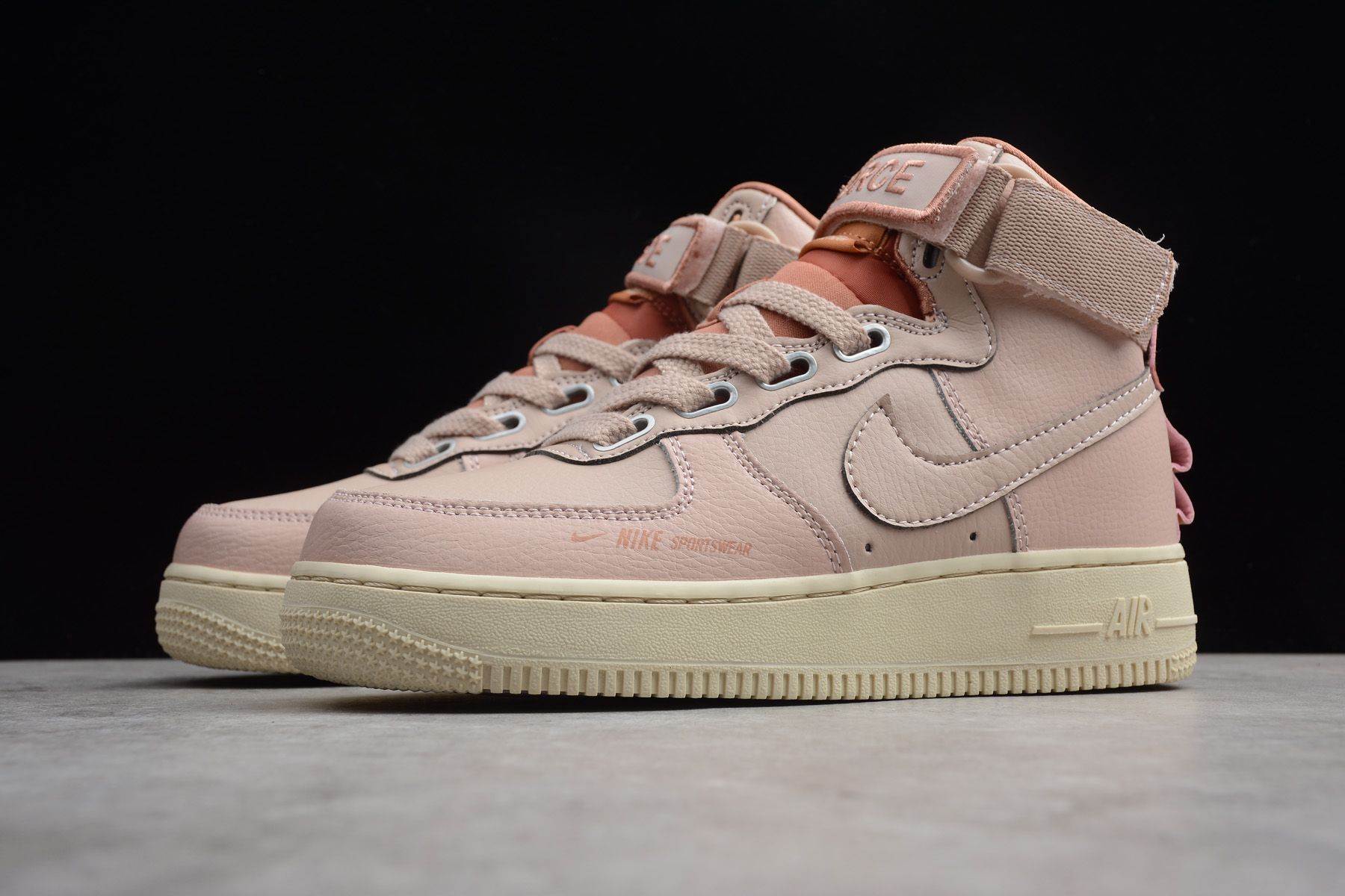 pretty nice d17b3 e0745 Women s Nike Air Force 1 High Utility Particle Beige Terra Blush-LT Cream  AJ7311-200