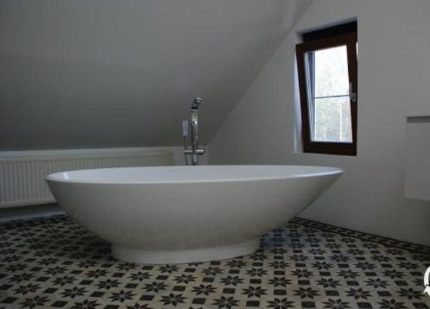 Badkamer Tegels Zwart : Astrea collectie portugese tegels van floorz in zwart wit