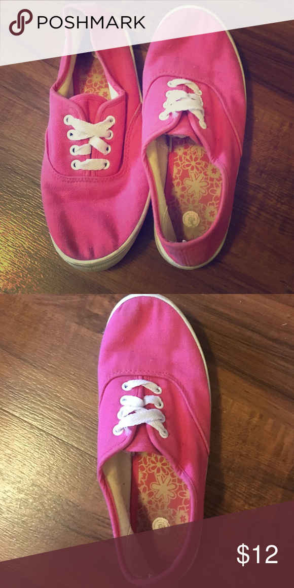 3162730b4e9a Gently used pink off brand keds These pink shoes have been worn a few  times. Great for kids who need some comfy shoes for school.