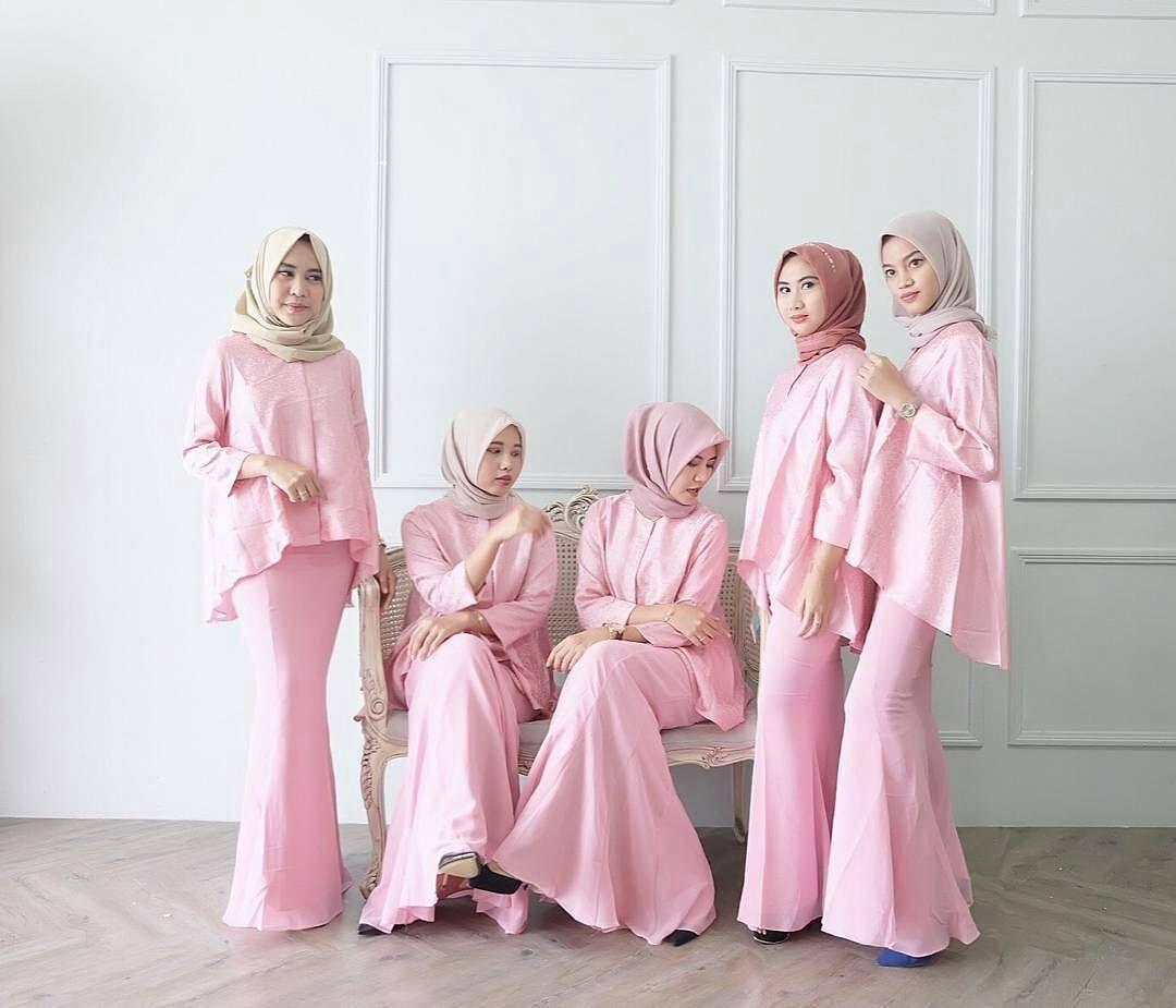 Pin By Asli On Tesettur Kebaya Dress Dresses Hijab Style Dress