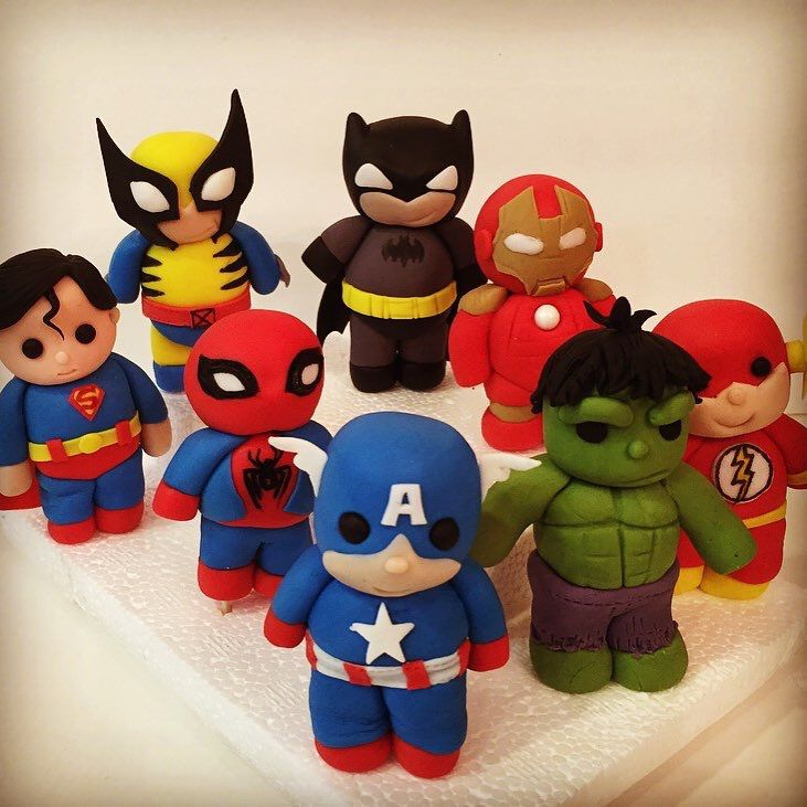 Baby super heroes!! Fondant. Cake accents/toppers. Fondant.   Kager i 2019   Pinterest   Kage ...