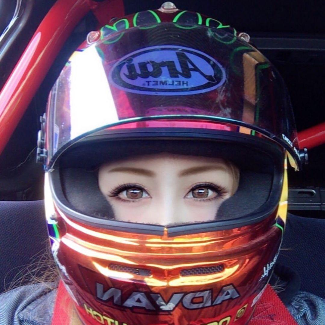 Hidekaさんはinstagramを利用しています ヘルメットのカスタムペイントならモンスターロッズ٩ ˊᗜˋ و カスタムペイント ヘルメット Arai Monstarrods モンスターロッズ Japan 四輪 Women Hard Hat Racing