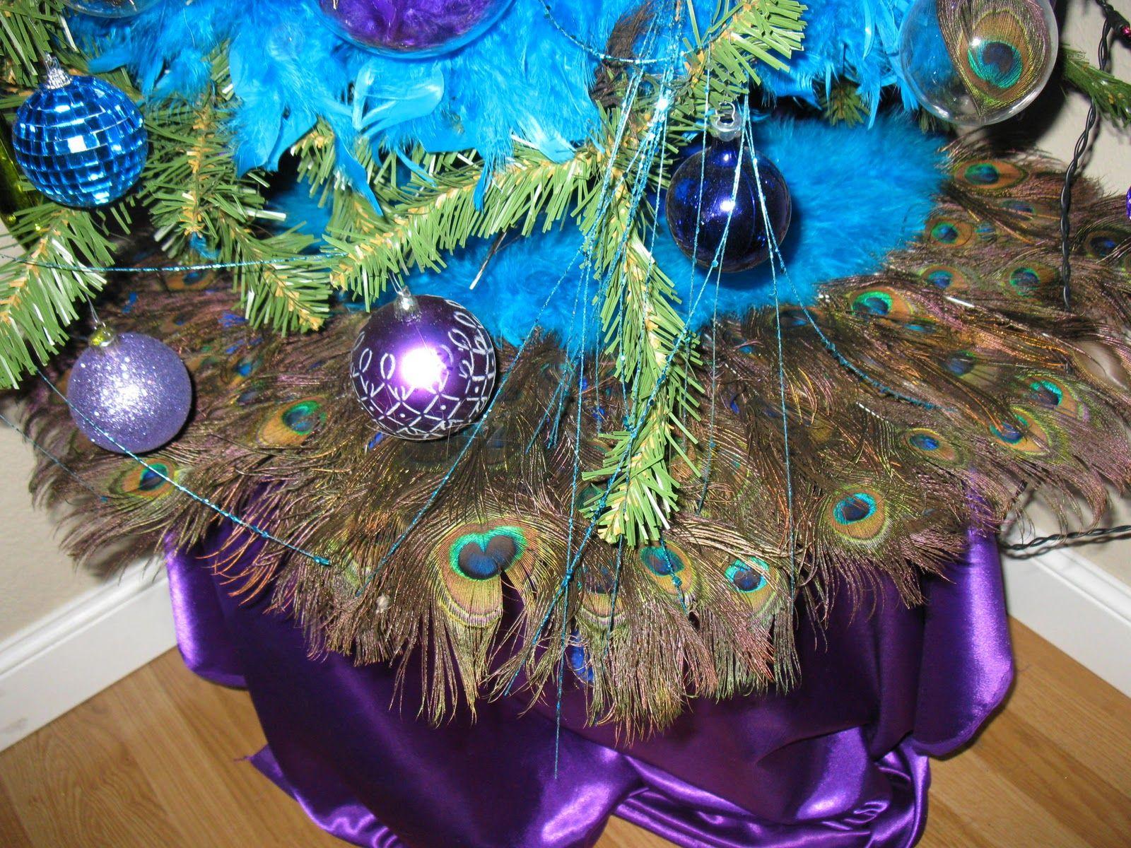peacock christmas tree skirt im so making this for my tree next year - Peacock Christmas Tree Skirt