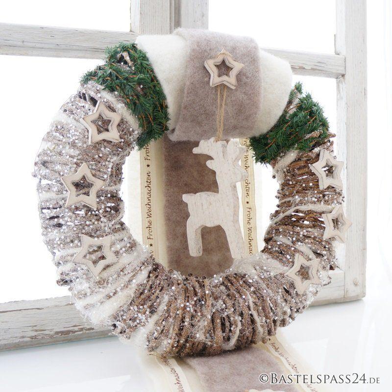 bildergebnis f r t rkranz weihnachten weihnachten pinterest t rkranz weihnachten t rkranz. Black Bedroom Furniture Sets. Home Design Ideas