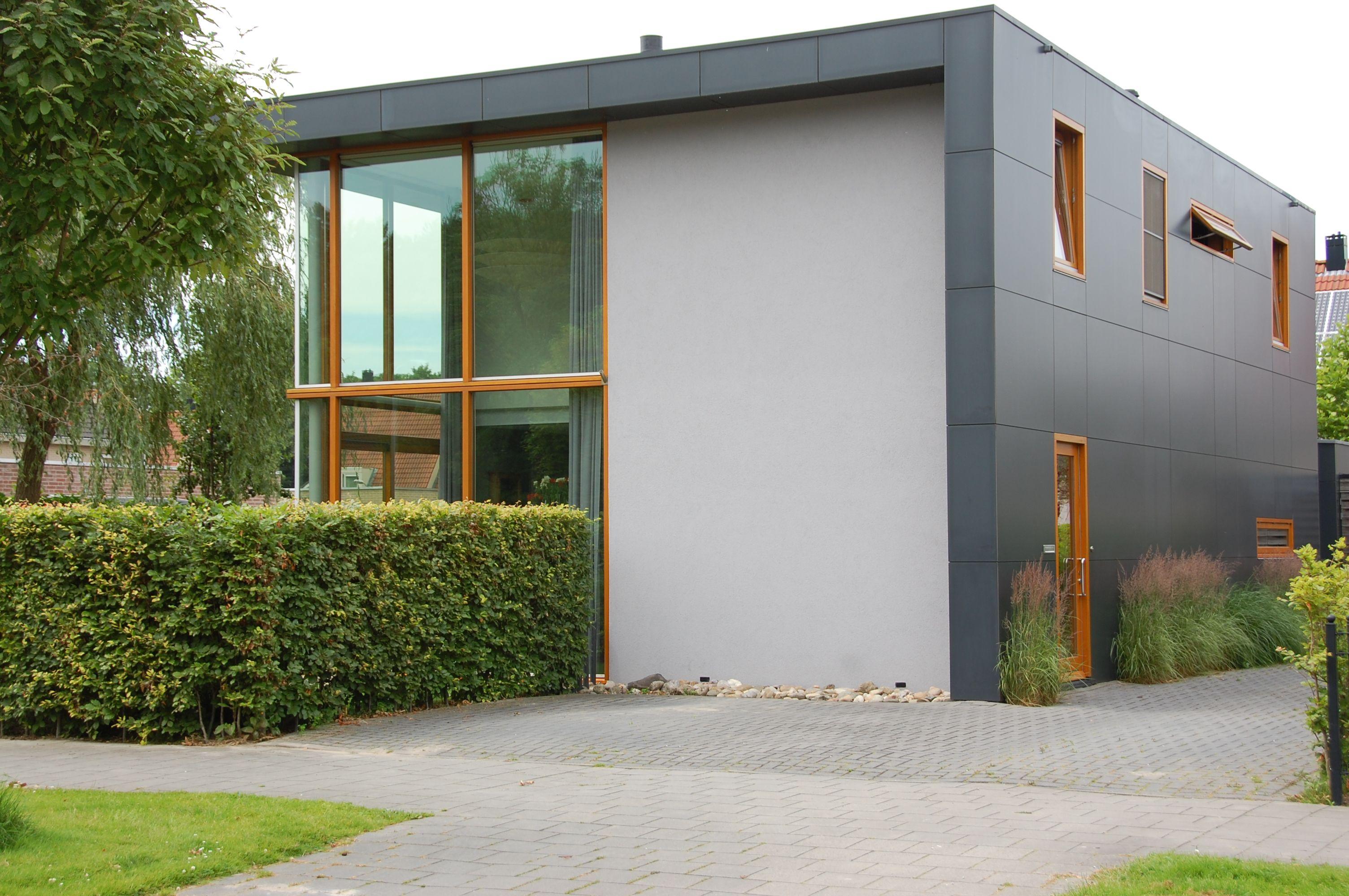 Huis Te Koop Ens. Centraal t.o.v. midden/noord Nederland  www.uniekhuis.nl