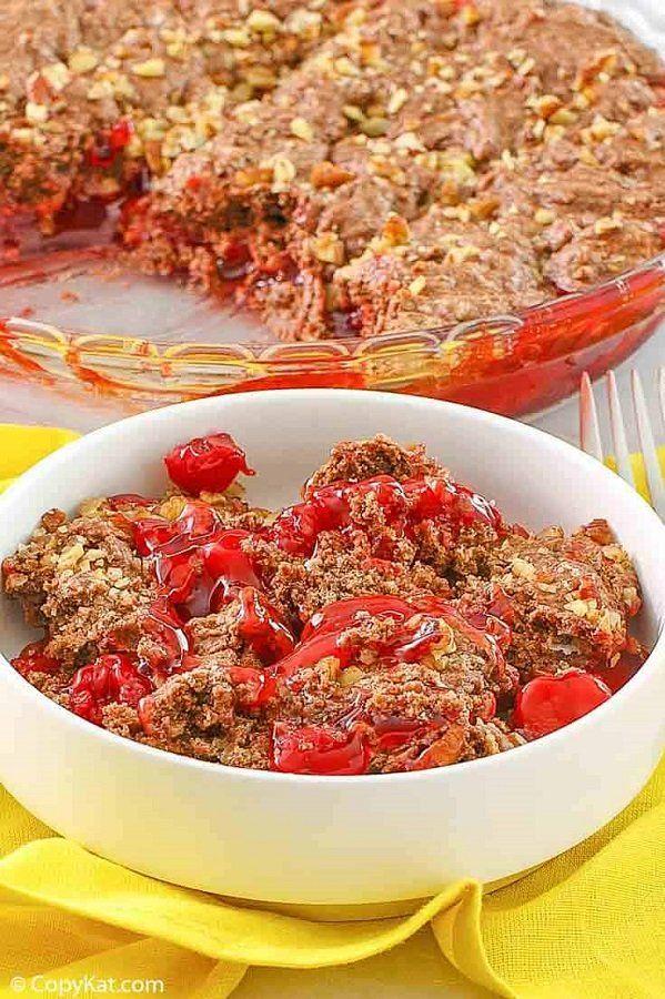 34 Best Copycat Cracker Barrel Recipes: Hashbrown Casserole, Meatloaf, Chicken & Dumplings