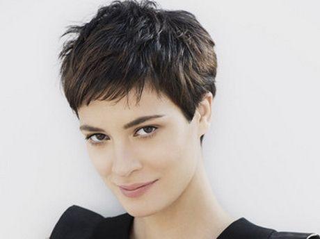 Modele coupe de cheveux degrade court
