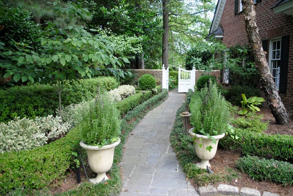 Garden Path Flowerbeds And Containers By Mcdonald Garden Center