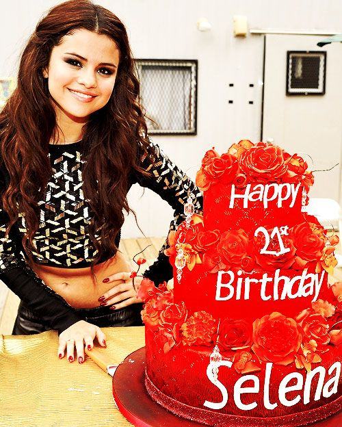 Marvelous Selena Gomez 18Th Birthday Cake With Images Selena Gomez Funny Birthday Cards Online Inifodamsfinfo