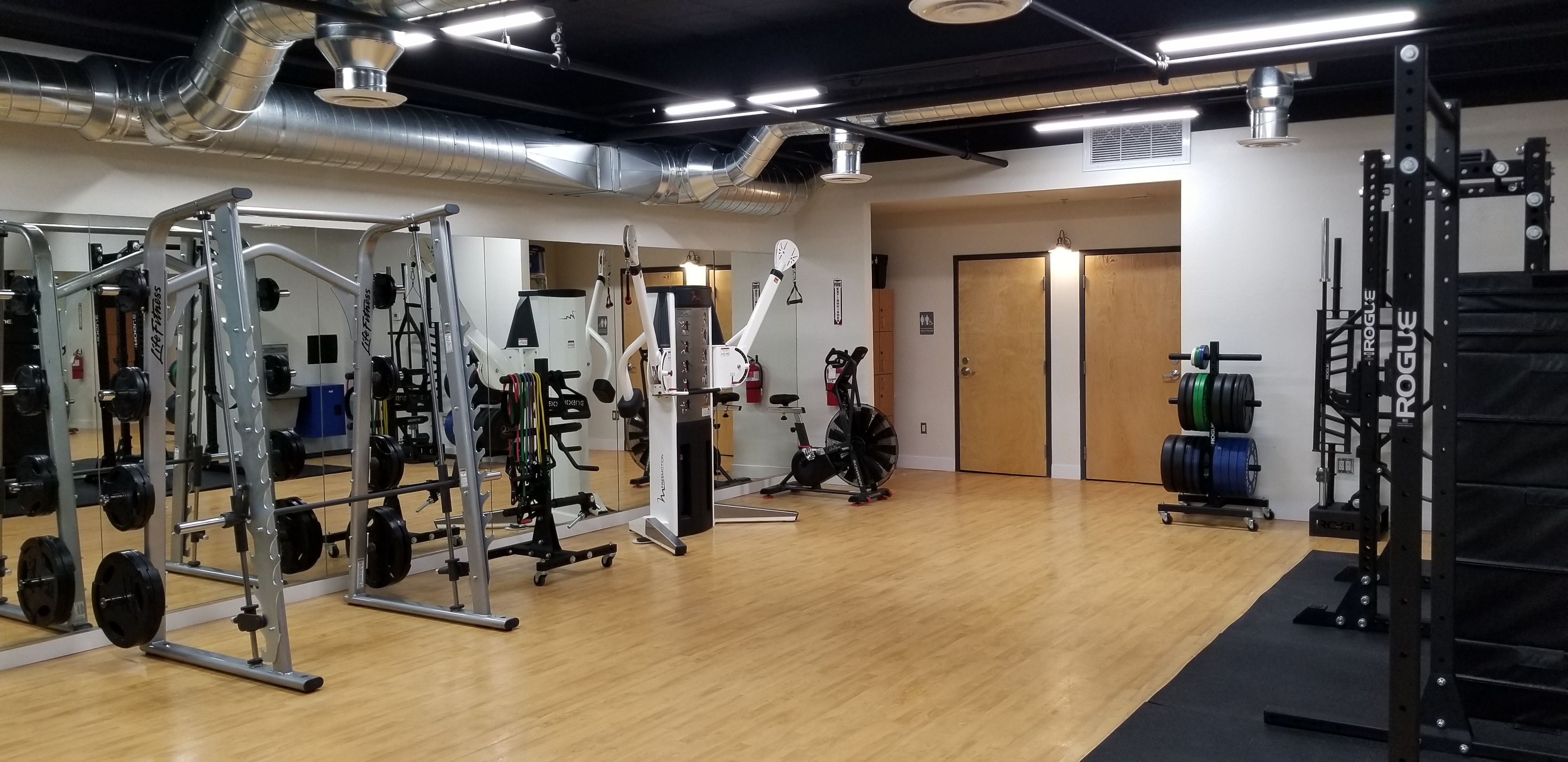 Getting You Fit Studios Scottsdale Az Click To Rent By The Hour Getgymspace Findfitnessspace Personal Training Studio Fitness Studio